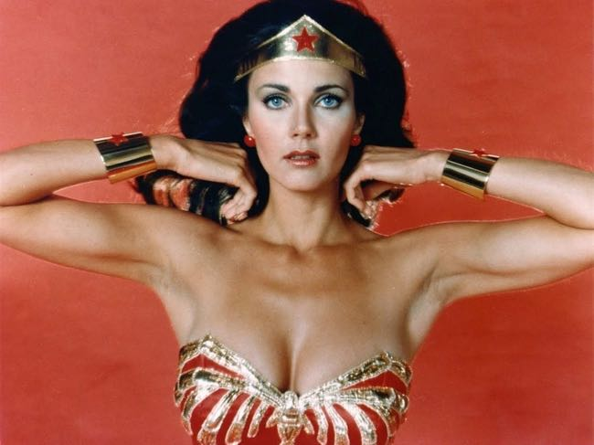 Lynda Carter Wonder Woman x650